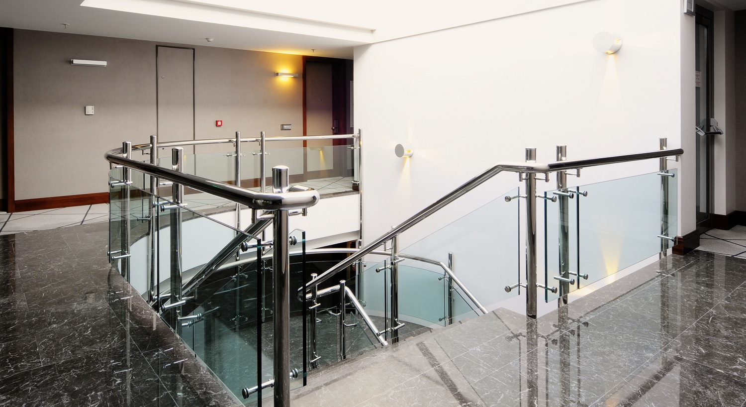 Glass Railing Staircase S